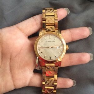 Beautiful gold Burberry watch
